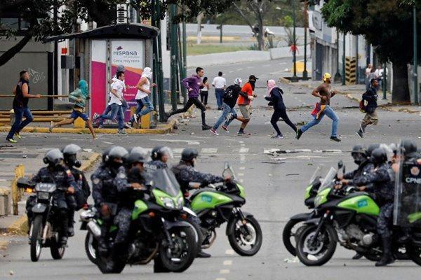 ادعای مخالفان مادورو: با مداخله خارجی در امور ونزوئلا مخالفیم