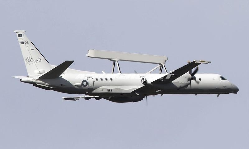 پاکستان چند فروند هواپیمای ساب-2000 را تحویل گرفت