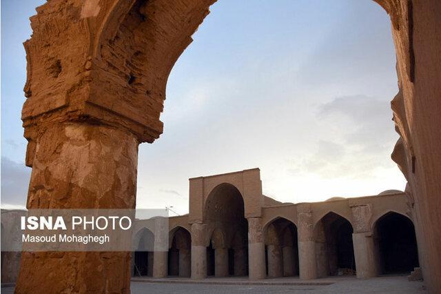 این مسجد محبوب گردشگران خارجی است